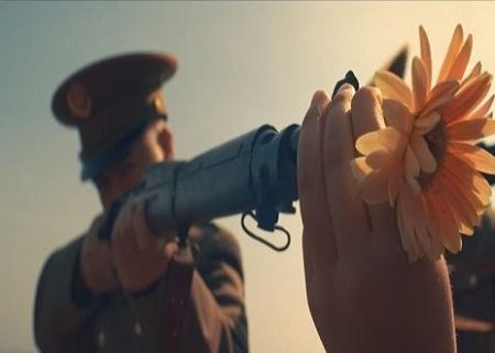 gun-flower-peace-2